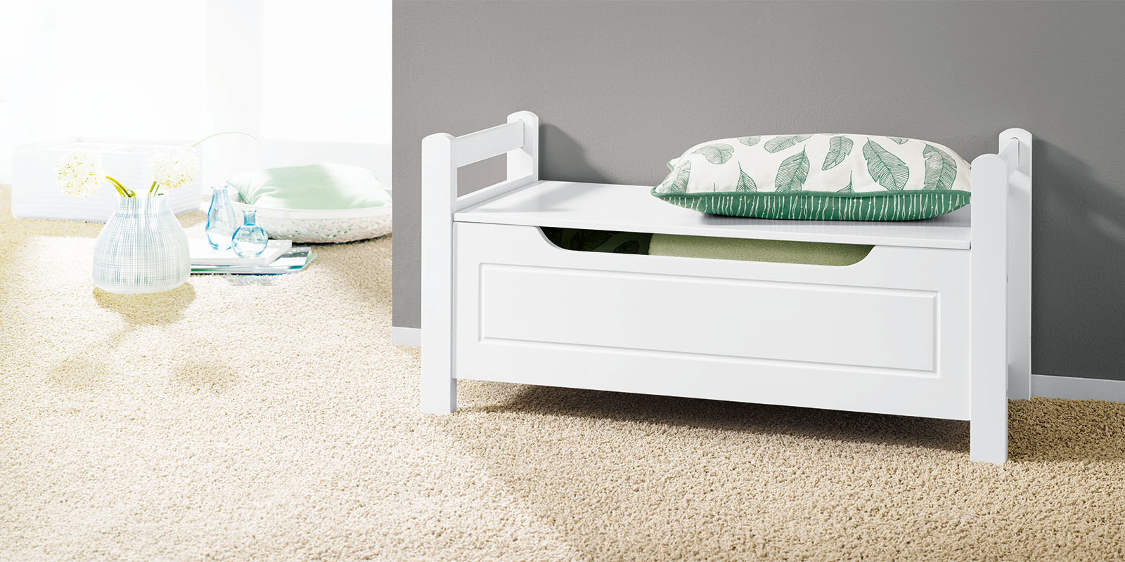 sitzbank mit klappdeckel wei 88x43x38 truhenbank holzbank. Black Bedroom Furniture Sets. Home Design Ideas